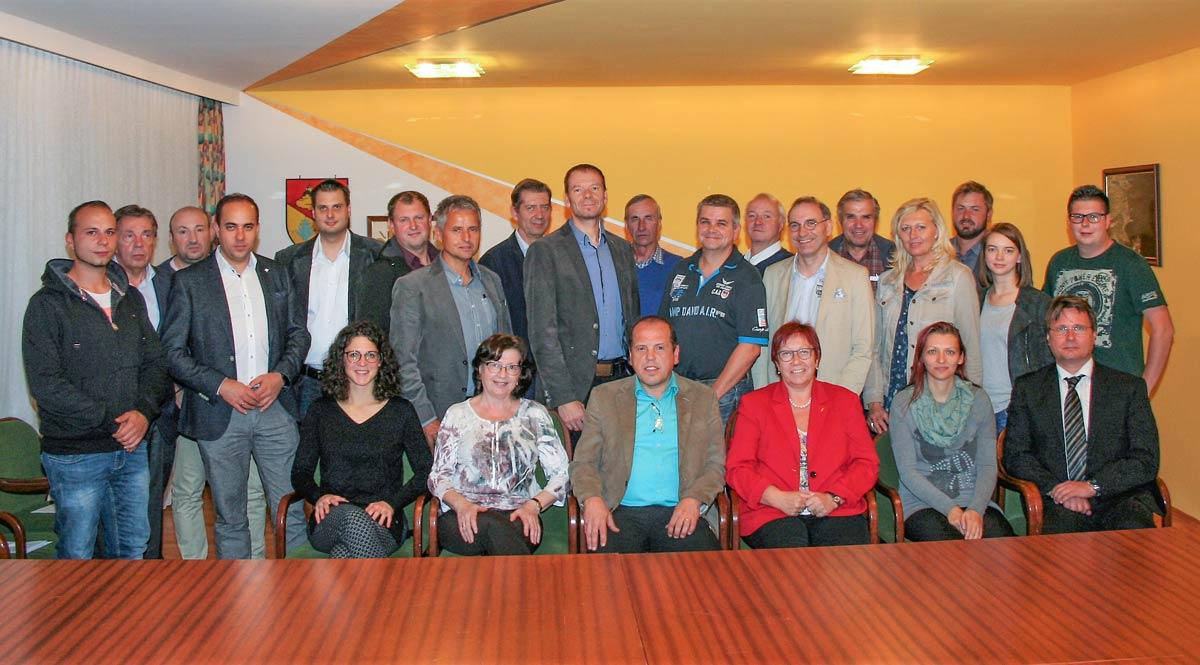Am Foto: Der Gemeinderat Forchtenstein Wahl 2017